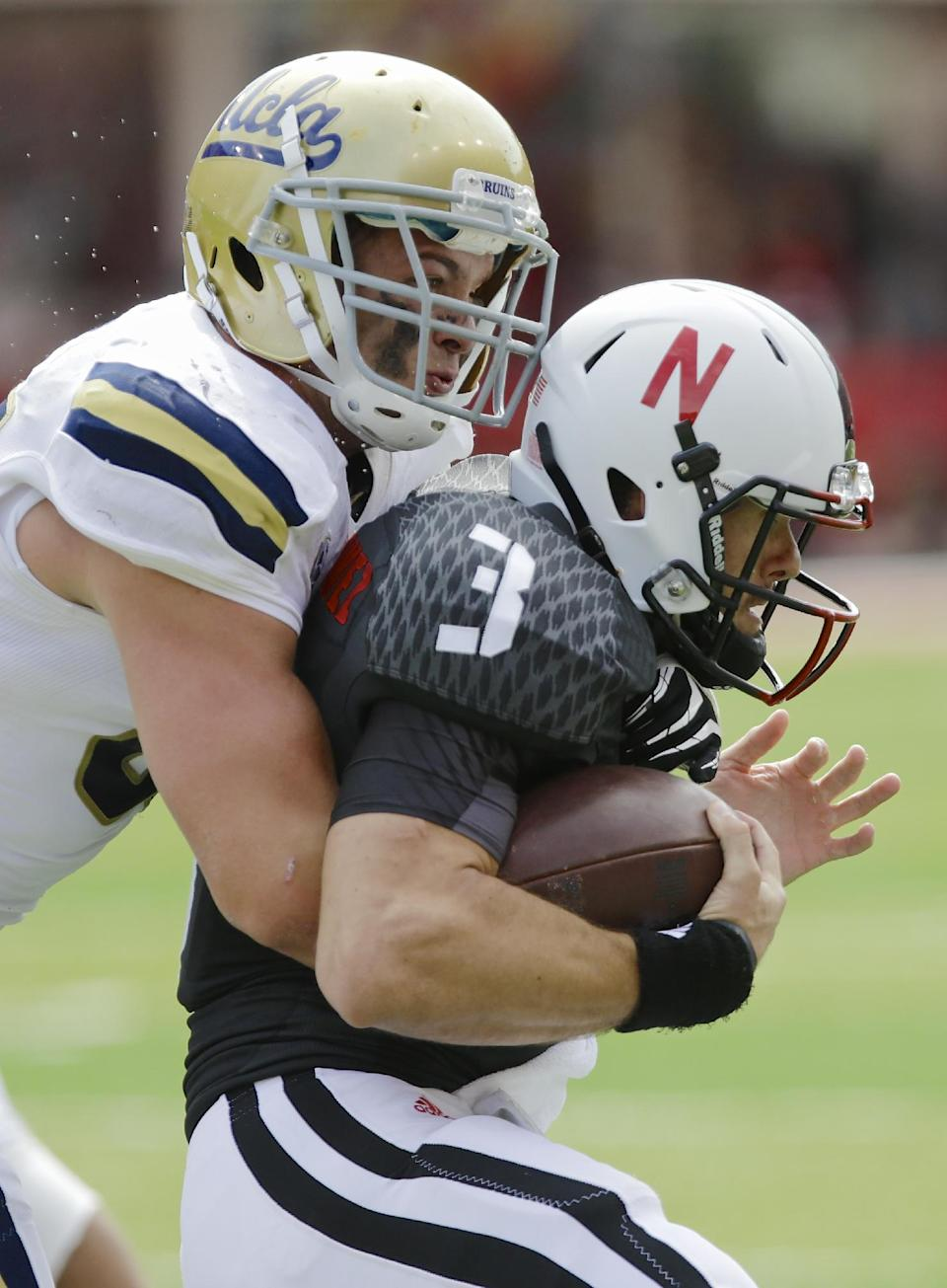 Pelini: Armstrong likely starting QB for Huskers