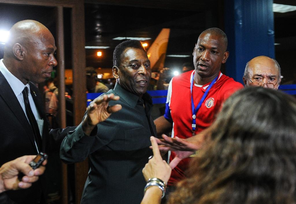 New York Cosmos and Pele arrive in Cuba as sporting ties warm