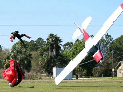 Skydiver, Pilot Survive Midair Accident