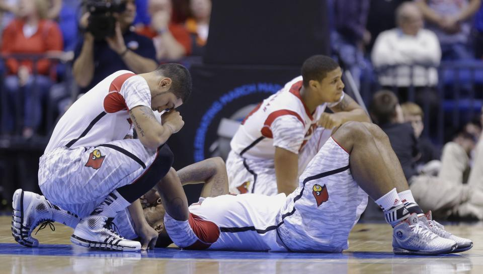 CBS halts replays of basketball player's injury