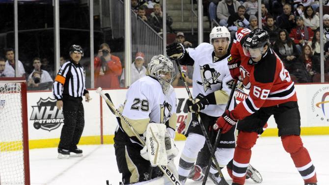 Devils top Penguins 4-1