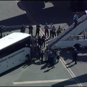 Raw Video: Giants Depart SFO For World Series Game 6 In Kansas City