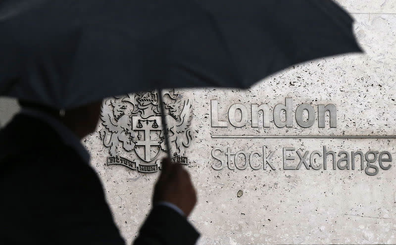 Global stock markets diverge, commodities fall as China jitters persist