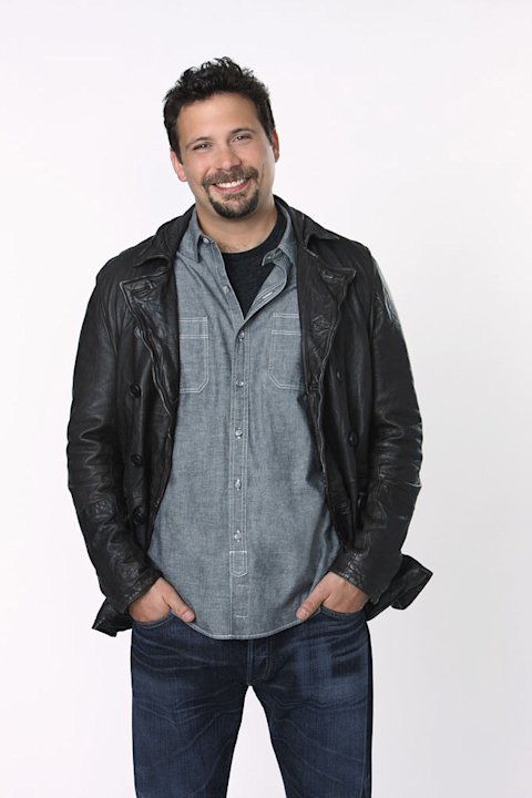 "Jeremy Sisto stars as George Altman in ""Suburgatory."""