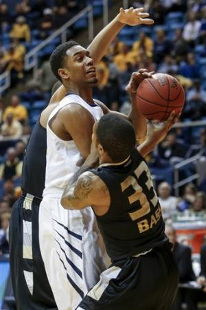 Murray leads West Virginia over Oakland 76-71