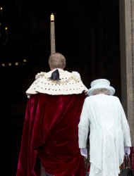 Britain's Queen Elizabeth II arrives for a service of thanksgiving to celebrate her 60-year reign during Diamond Jubilee celebrations in St Paul's Cathedral, London, Tuesday, June 5, 2012. (AP Photo/Alastair Grant)