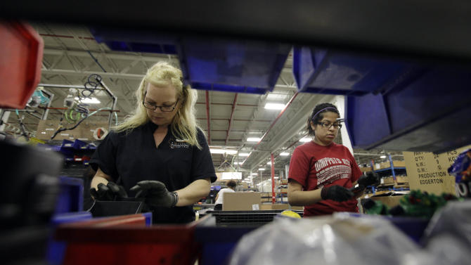 Fed survey: US economy growing at steady pace
