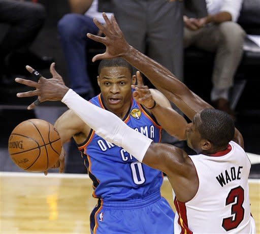 James scores 29, Heat rally past Thunder 91-85