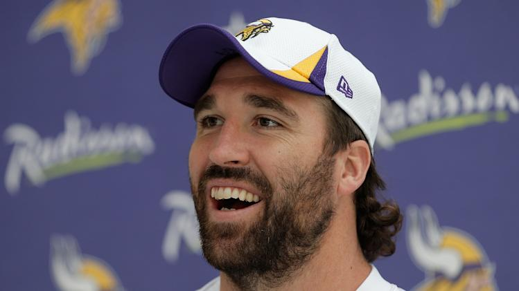 Former Vikings defensive end Jared Allen will reportedly visit …