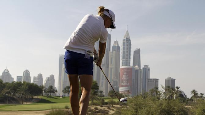 Stacy Lewis increases lead in Dubai