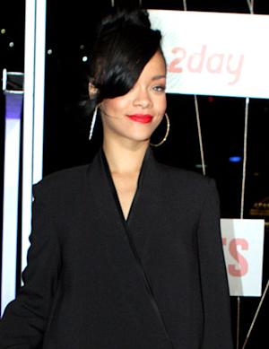 Celeb Trend Report: Rihanna, Kim Kardashian & Justin Bieber Love Really Weird Pants