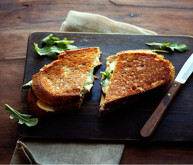 Apple-Cheddar Grilled Cheese