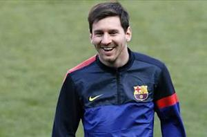 Messi on the verge of Barcelona return