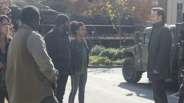 Chad Coleman as Tyreese, Sonequa Martin-Green as Sasha and David Morrissey as The Governor in the Season 3 finale of 'The Walking Dead' -- Gene Page/AMC