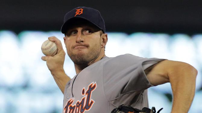 Detroit Tigers pitcher Max Scherzer throws against the Minnesota Twins in the first inning of a baseball game, Monday, Sept. 15, 2014, in Minneapolis. (AP Photo/Jim Mone)