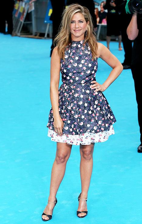 Jennifer Aniston Wears Girly Dress at We're the Millers London Premiere: Hot or Not?