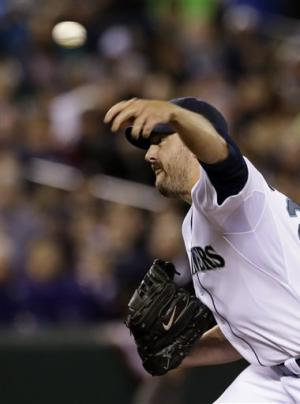 Mariners shut out Astros 3-0 in home opener