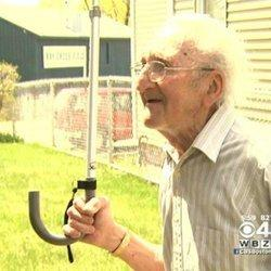 95-Year-Old WWII Vet Thwarts Robbery With Cane