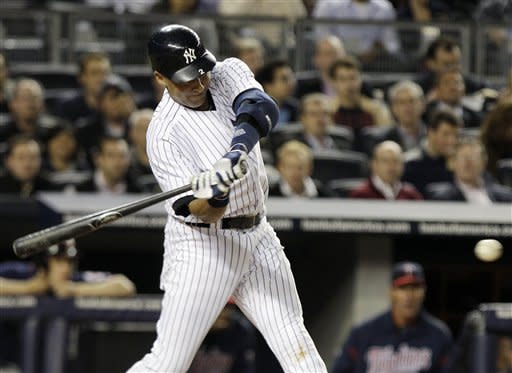 Granderson hits 3 homers, Yankees beat Twins 7-6