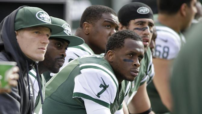 Jets backup Geno Smith limited by shoulder injury