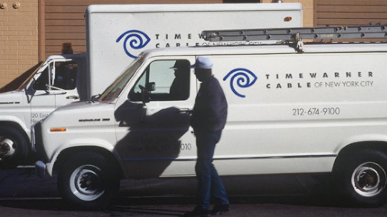 Comcast Swoops in for Time Warner Cable