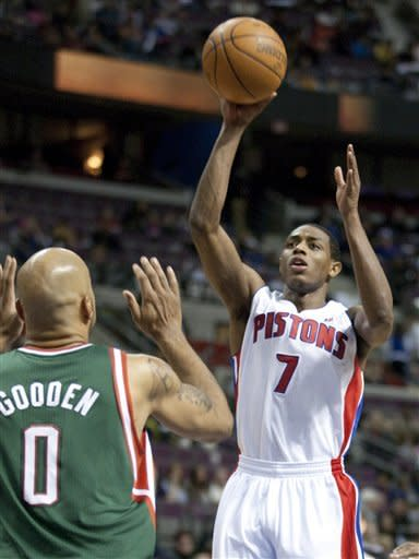 Knight leads Pistons to 88-80 win over Bucks
