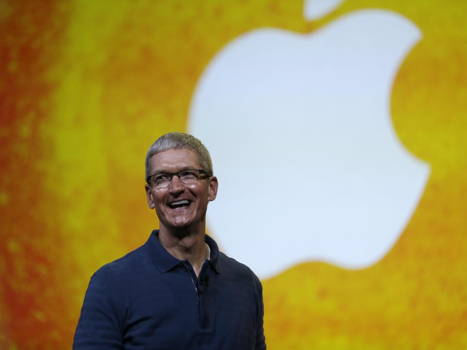 Apple shareholder drops lawsuit on preferred stock