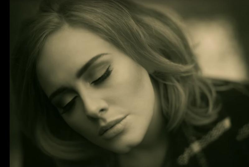 Adele's 25 crushes single-week records with 3.38 million copies sold