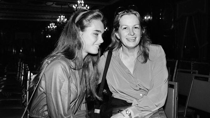 FILE - This 1980 file photo shows actress and model Brooke Shields, left, with her mother Teri Shields.  Teri Shields, who launched daughter Brooke's on-camera career when she was a baby and managed the young star into her 20s, died last week in New York City. Jill Fritzo, a spokeswoman for Brooke Shields, confirmed the death on Tuesday, Nov. 6, 2012. The New York Times reports that the elder Shields died following a long illness related to dementia.  She was 79.  (AP Photo, file)