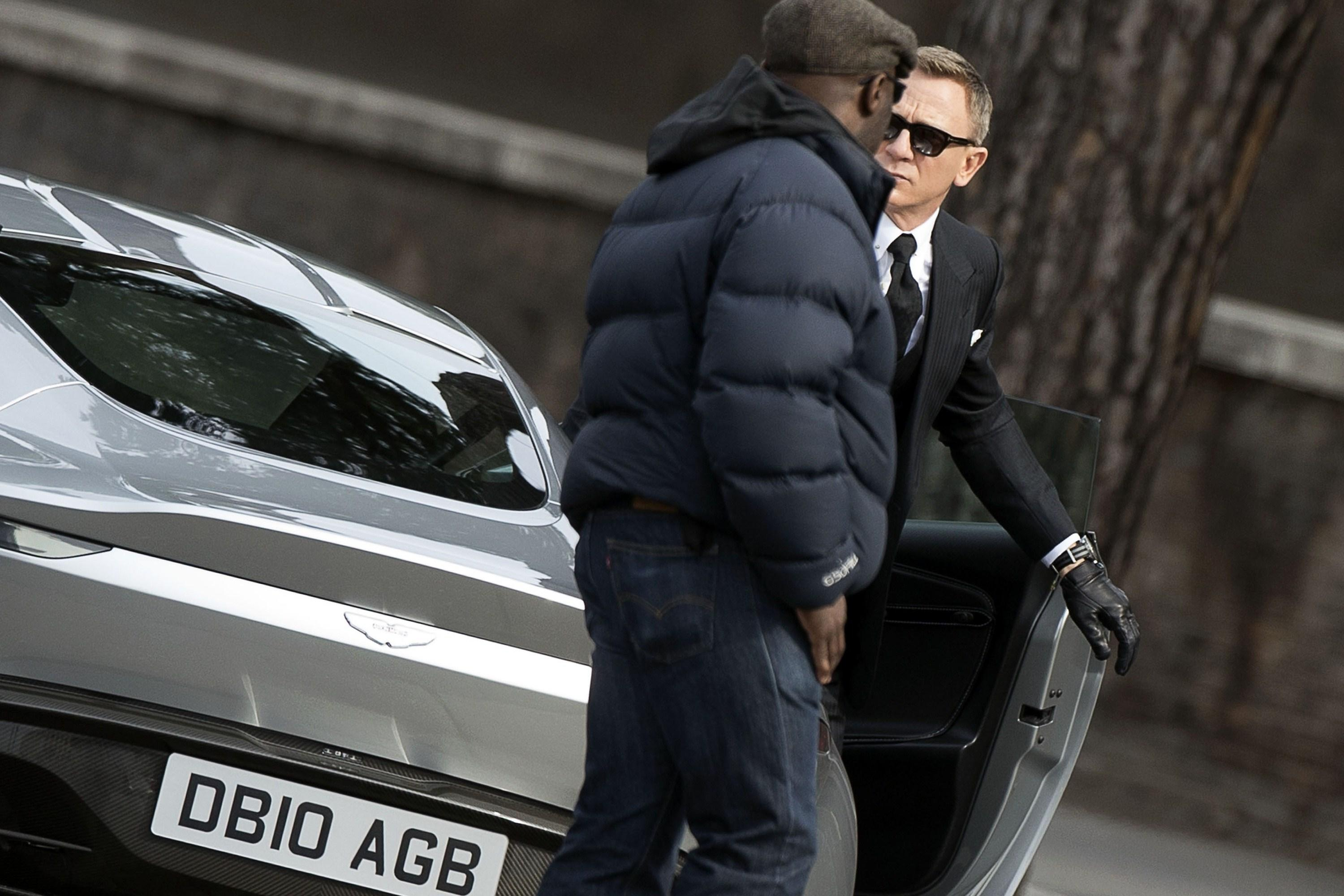 """Craig reportedly injured filming """"Spectre"""" in Rome"""