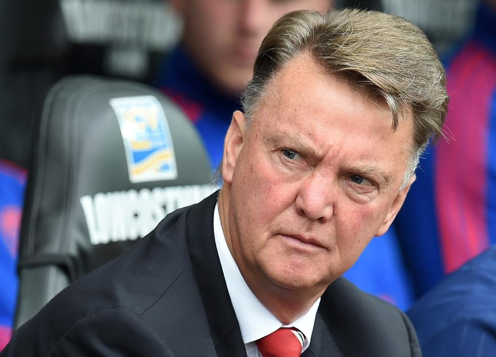 Manchester United hamstrung by transfer chaos