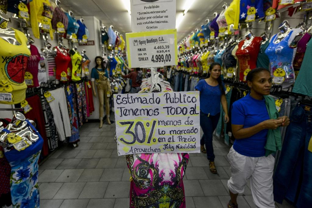 Venezuela orders stores to get into the Christmas spirit