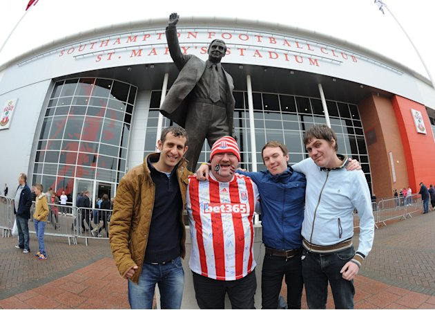 Soccer - Barclays Premier League - Southampton v Stoke City - St Mary's