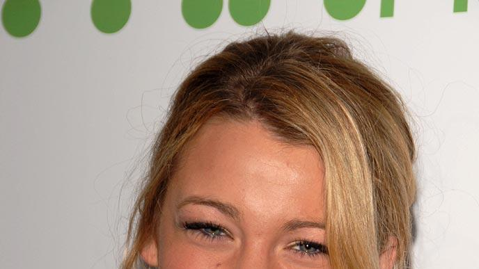 Blake Lively at the 9th Annual Young Hollywood Awards in Los Angeles - 04/22/2007