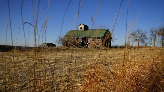 A view of a barn in Dallas County