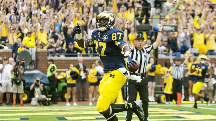 Michigan rediscovers TE Funchess in passing game