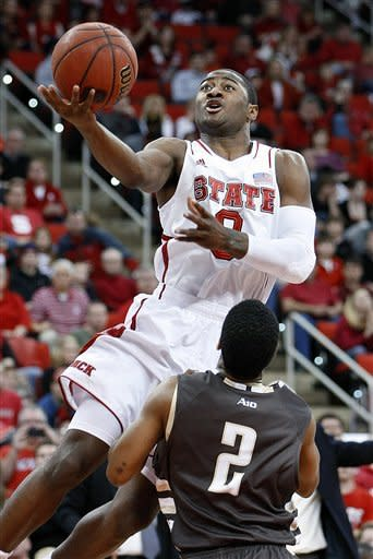 Leslie, No. 25 NC State rout Bonnies 92-73