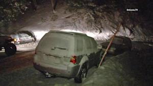 Southern California snow: Nearly 200 drivers rescued,…