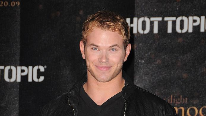 Twilight Saga New Moon Press Tour 2009 Kellan Lutz