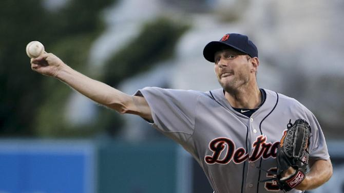 Scherzer wins 12th, Tigers beat Angels 6-4