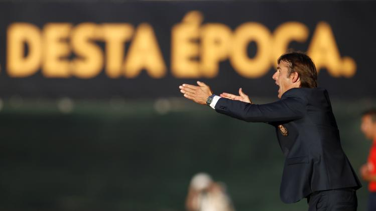Porto's coach Julen Lopetegui gives instructions to his players during their Portuguese Premier League soccer match against Pacos Ferreira at the Mata Real stadium in Pacos de Ferreira