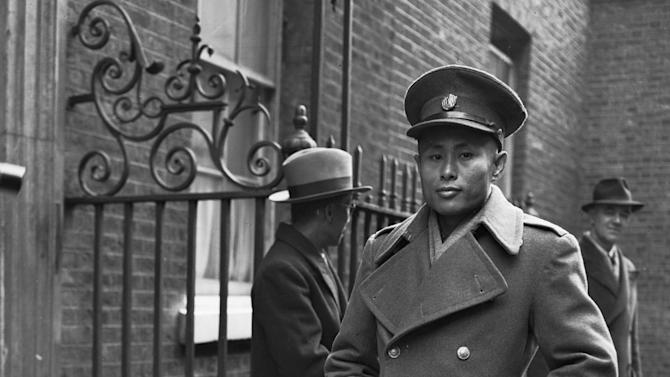 """FILE - In this Jan. 13, 1947 file photo, Gen. Aung San, then leader of the Myanmar government, arrives at 10 Downing Street, the residence and office of Britain's Prime Minister, in London. President Barack Obama's historic visit to Myanmar on Monday, Nov. 19, 2012 is meant to show America's support for the country's transition to democracy. The White House has cautioned that Obama's trip to the former pariah state should not be viewed as a """"victory celebration"""" but as an opportunity to press for urgent action still needed in Myanmar. Notably, freeing political prisoners and ending ethnic tension in remote areas.  (AP Photo, File)"""