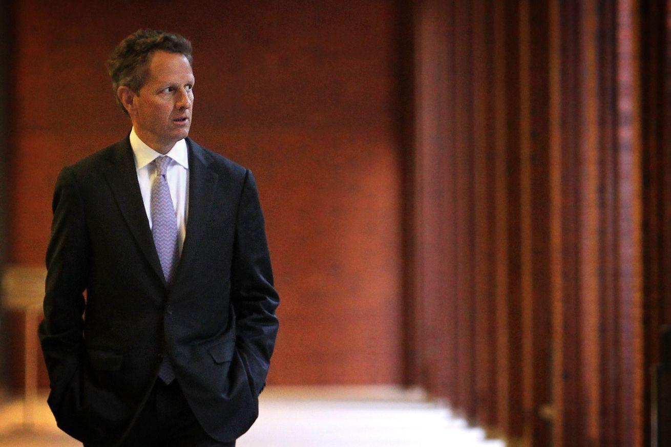 Tim Geithner just showed why so many people are feeling the Bern these days