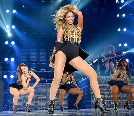 "Beyonce Explains Surprise ""Visual Album"": ""I See Music, It's More Than Just What I Hear"""