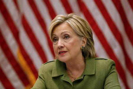 Clinton calls for lower price on allergy drug EpiPen