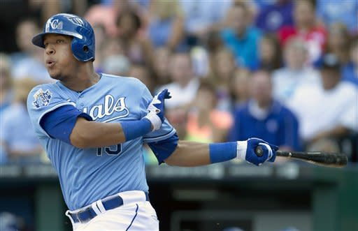 Guthrie pitches Royals to sweep of White Sox
