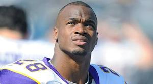 NFC North Spin cycle: Peterson carries load as Ponder slumps