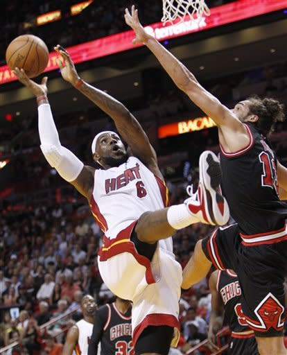 Heat top Bulls 83-72, tighten East race