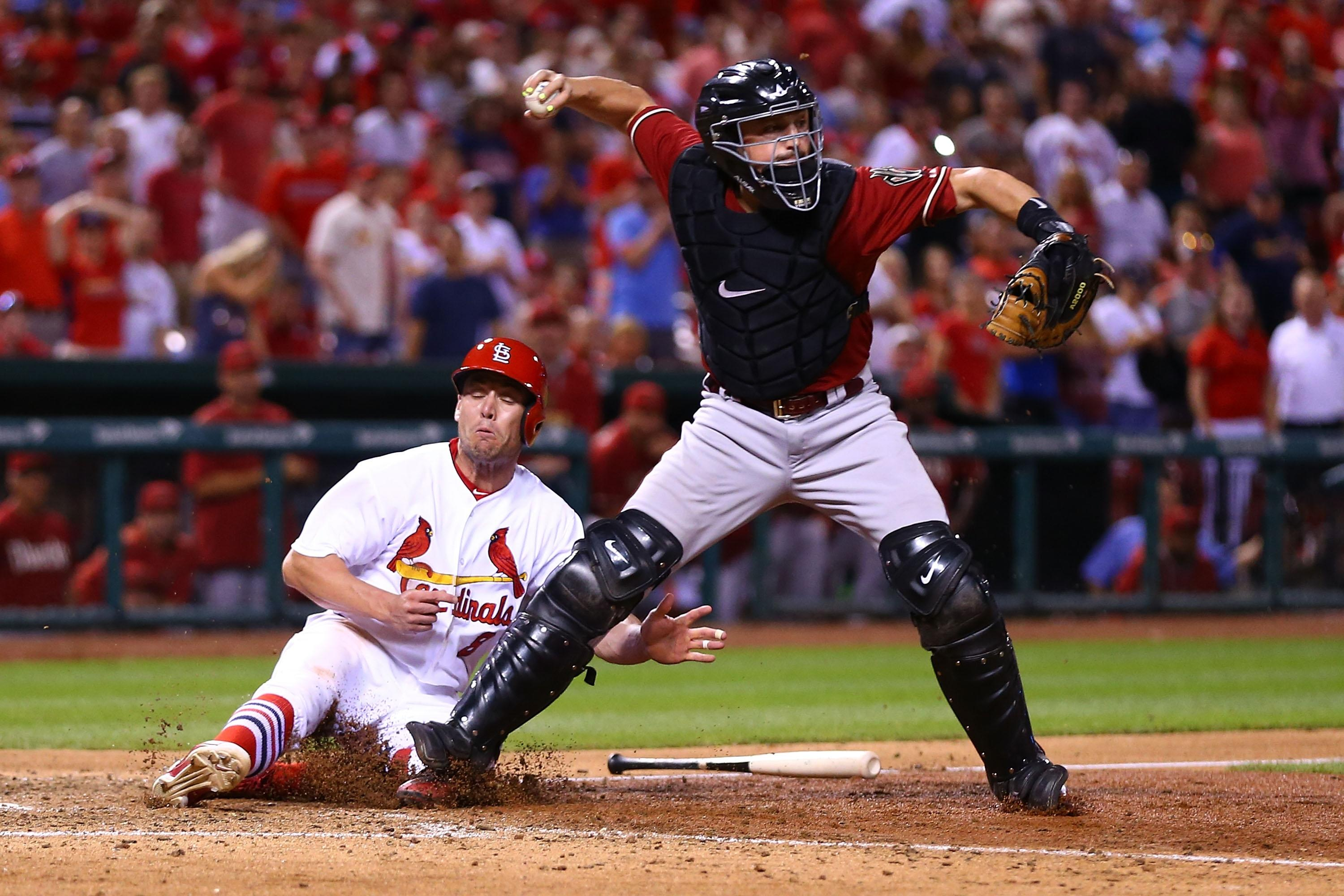 Cardinals get unlikely walk-off win after D-backs throwing error