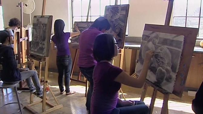 San Francisco blocks admission for others to attend art school